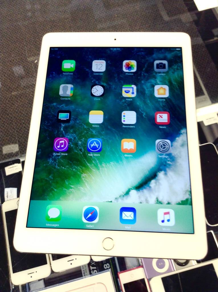 4G Unlocked - Apple iPad Air 2  64GB - White/Silver