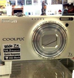 Nikon CoolPix S6000 - 14.2MP Point & Shoot Camera