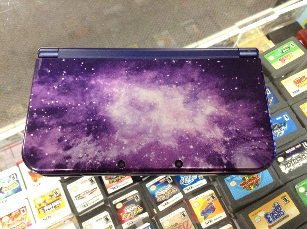 """New"" Nintendo 3DS XL - Galaxy Style"