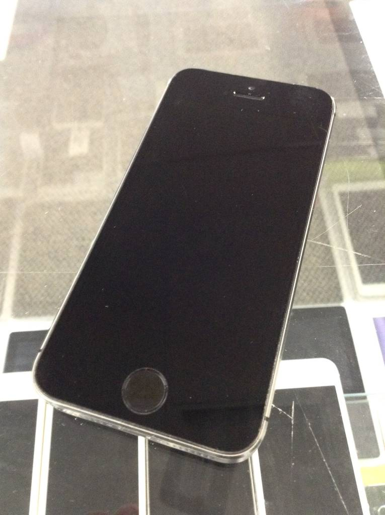 AT&T Only - iPhone 5s - 32GB - Space Grey