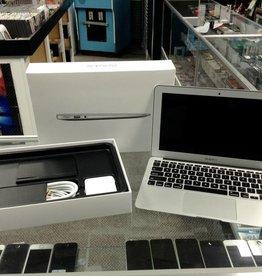 """IN BOX - Apple Macbook Air - 11"""" Early 2015 - Intel i7 2.2 GHz - 8GB RAM - 500GB HD"""