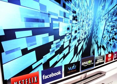 Flatscreen & Smart TVs