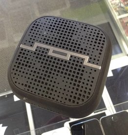 Sol Republic MM1 - Portable Bluetooth Speaker