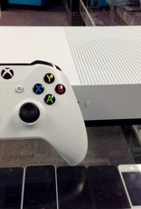 Microsoft Xbox One S - 500GB - White - Used