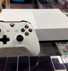 Microsoft Xbox One S - 500GB Model 1681 - White - Used