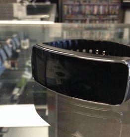 Samsung Gear Fit - Smart Fitness Tracker