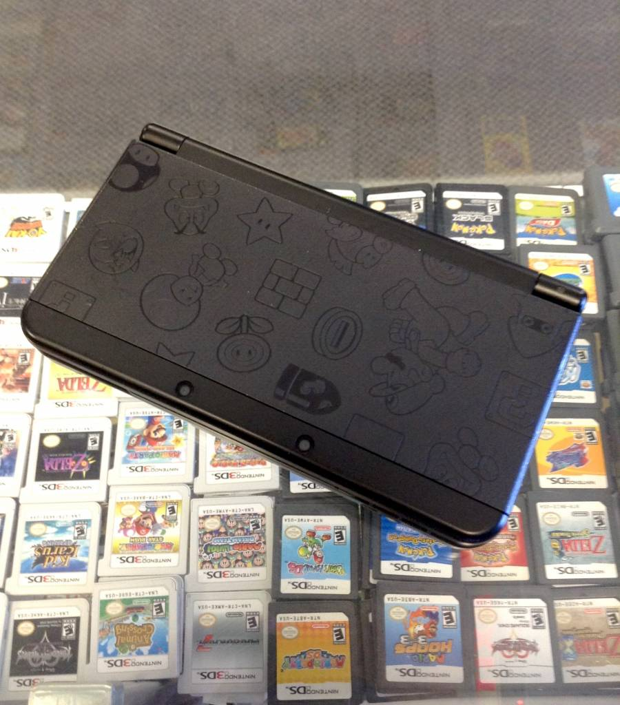 """New"" Nintendo 3DS - Mario Black Edition - Used"