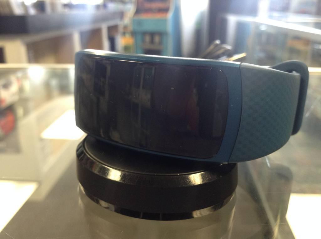 Samsung Gear Fit 2 - Smart Fitness Tracker - Blue