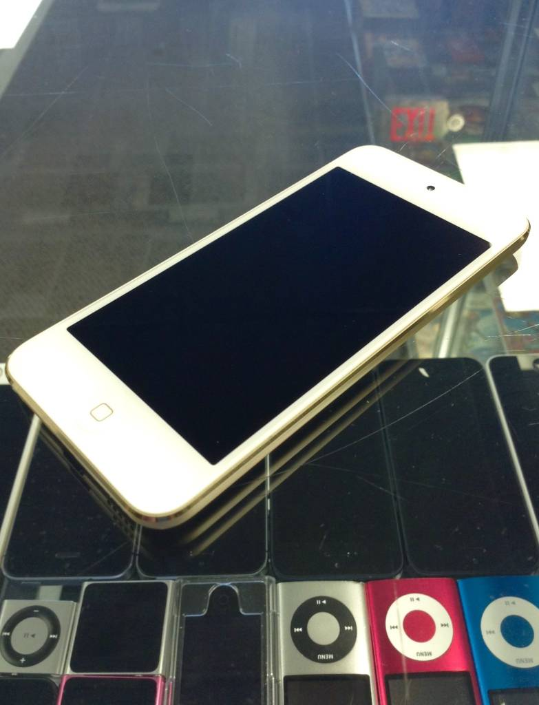 Apple iPod Touch 6th Generation -16GB - Gold - Dual Cameras