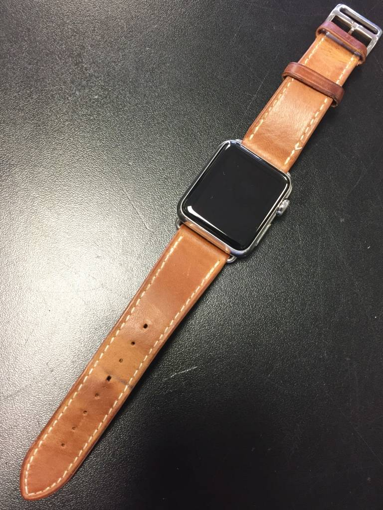 Stainless Steel Apple Watch Series 7000 - 38mm - Leather Band - Fair