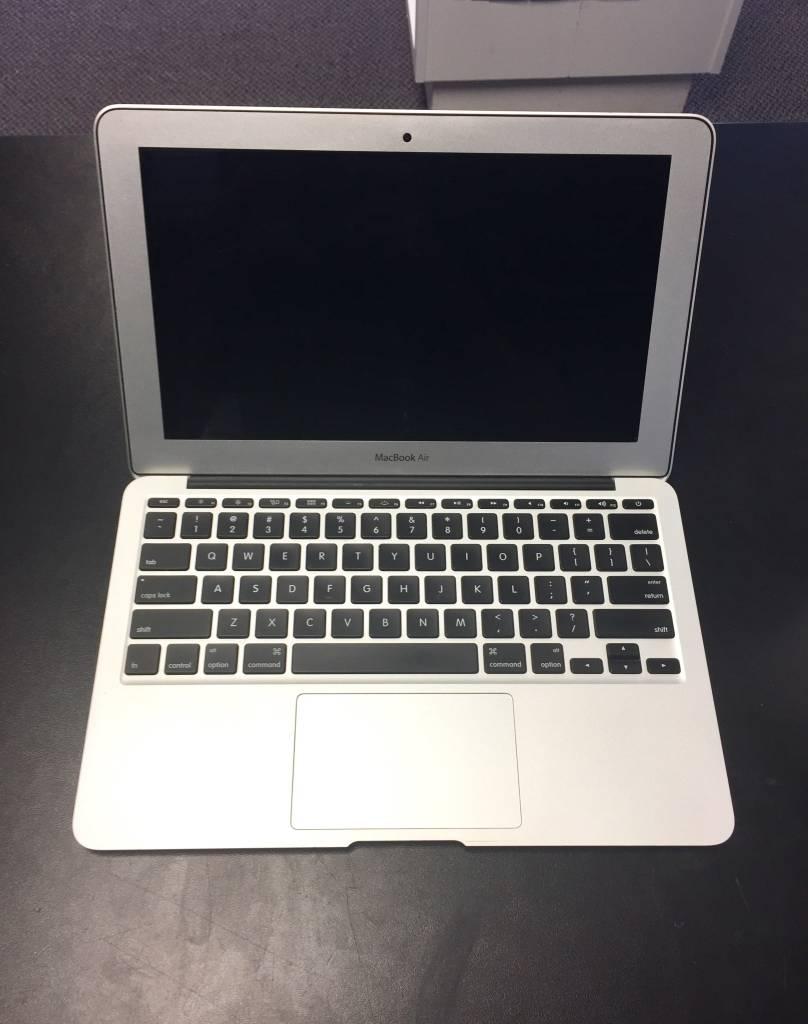 """Mid-2012 11.6"""" Macbook Air - i5 1.7Ghz w/ 2.6Ghz Turbo - 4GB RAM - 64GB SSD"""