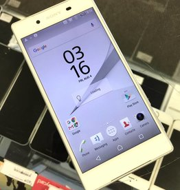 GSM Unlocked - Sony Xperia Z5 - 32GB - White