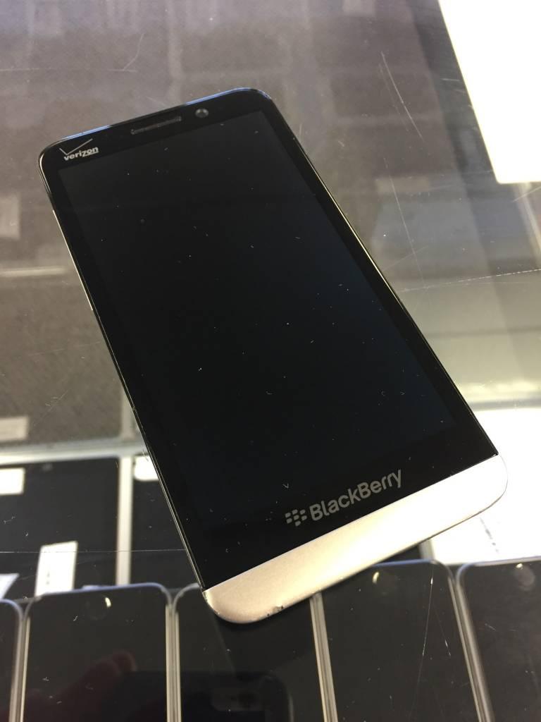 Verizon Only - Blackberry Z30 - 16GB - Black