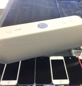 Beats Pill + (Plus) - White