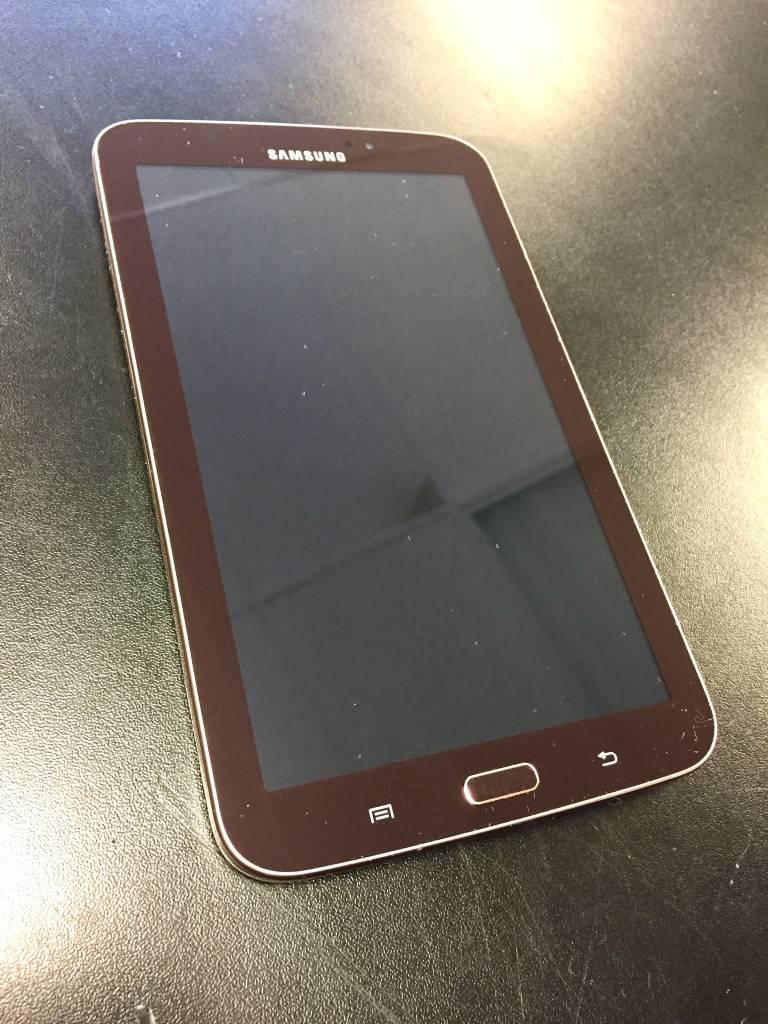 Samsung Galaxy Tab 3 - 8GB - Garnet Red