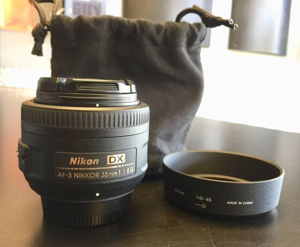Nikon DX Nikkor 35mm 1:1.8G AF-S Lens