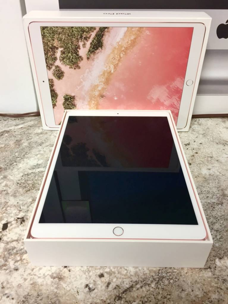 "Wifi Only - iPad Pro 2nd Generation - 10.5"" - 64GB - Rose Gold"