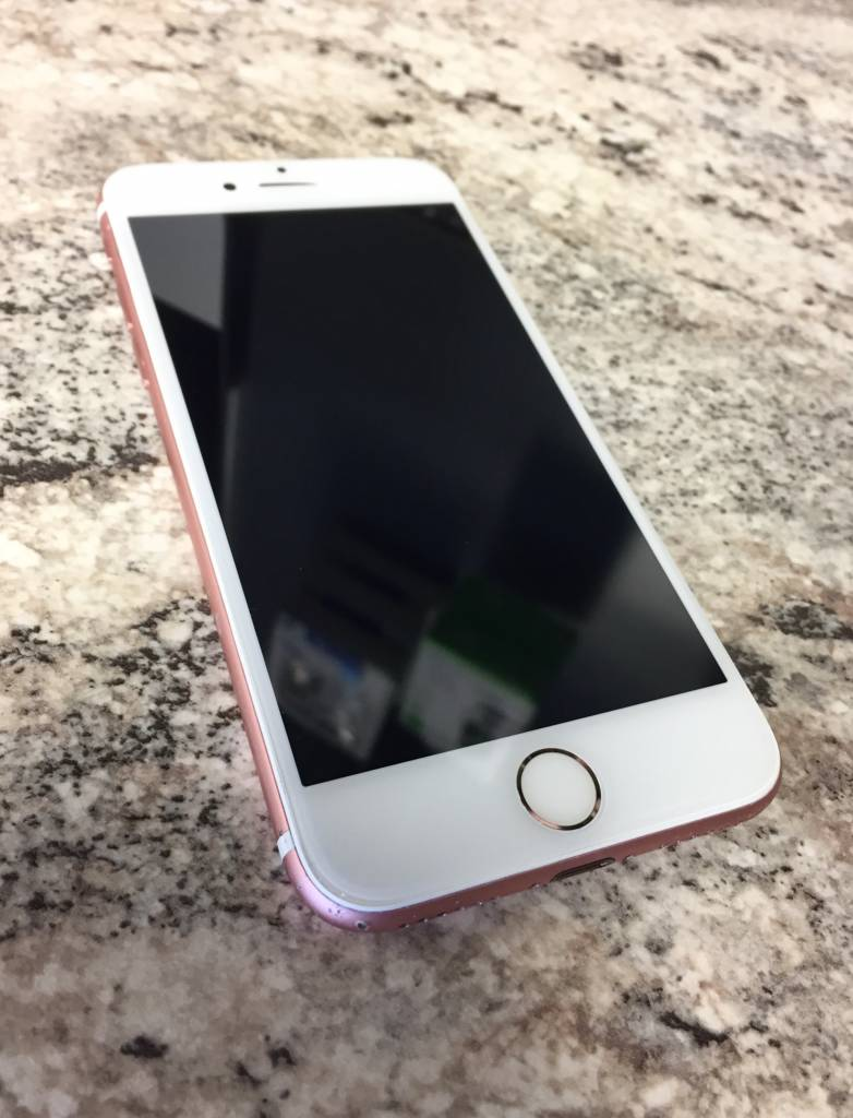 GSM Unlocked - iPhone 7 - 128GB - Rose Gold -