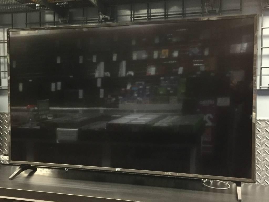 """LG 55UJ6200 Ultra HD 55"""" 4K Smart TV - 120hz"""