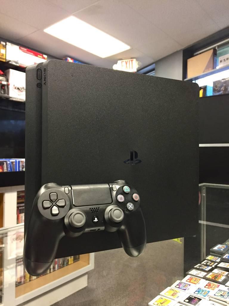 Sony PlayStation 4 (PS4) Slim - 1TB - Black - Used