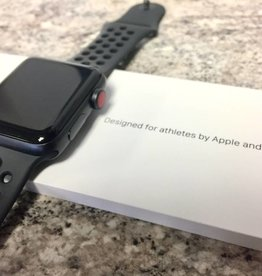 4G/GPS - Apple Watch Series 3 - 42mm - Nike + Black - Apple Care 2019