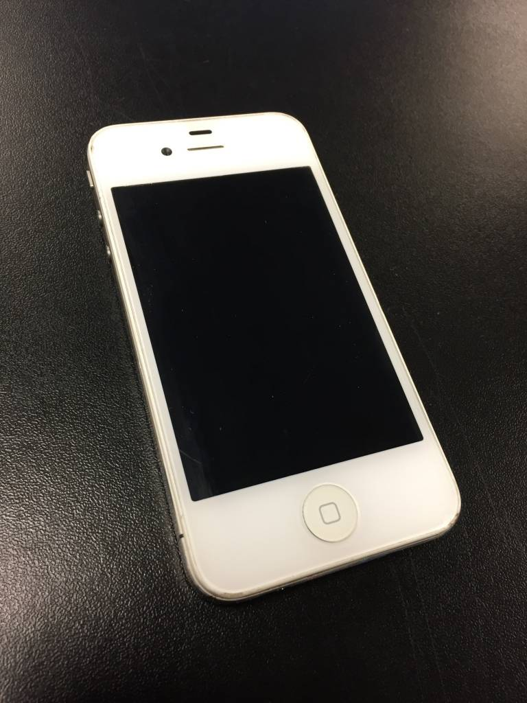 Unlocked - iPhone 4 - 16GB - White