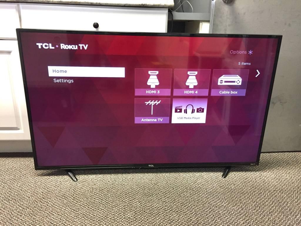 """TCL Roku 55"""" 4K Smart TV - 55us57 - Fair"""