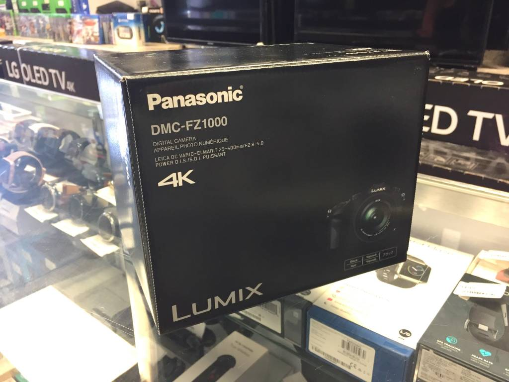 New - PANASONIC LUMIX FZ1000 20.1MP 4K Point & Shoot Camera