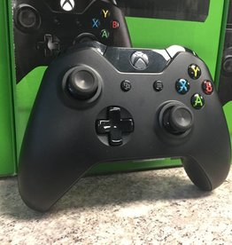Microsoft Xbox One Wireless Controller - Model 1708  w/ 3.5mm Jack - Black