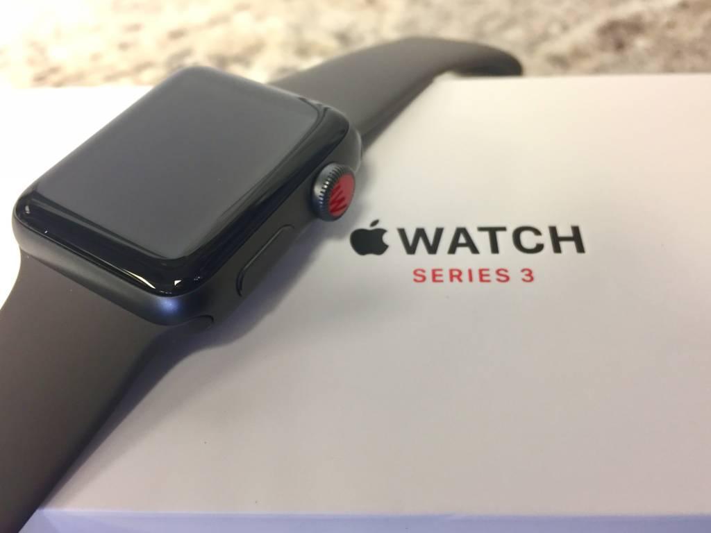 4G/GPS - Apple Watch Series 3 - 38mm - Grey -