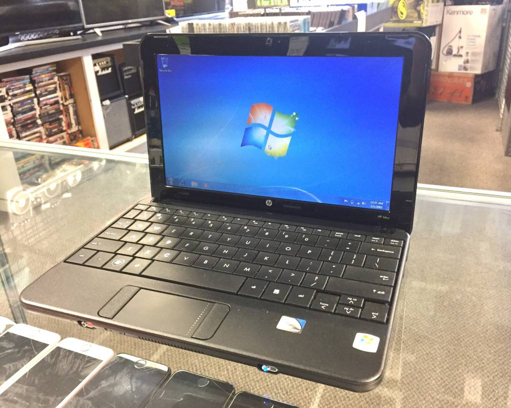 HP Mini Netbook/Laptop - Atom 1.60Hz - 2GB RAM - 160GB HD - Win 7