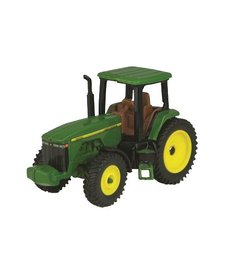 JOHN DEERE - MODERN TRACTOR WITH CAB