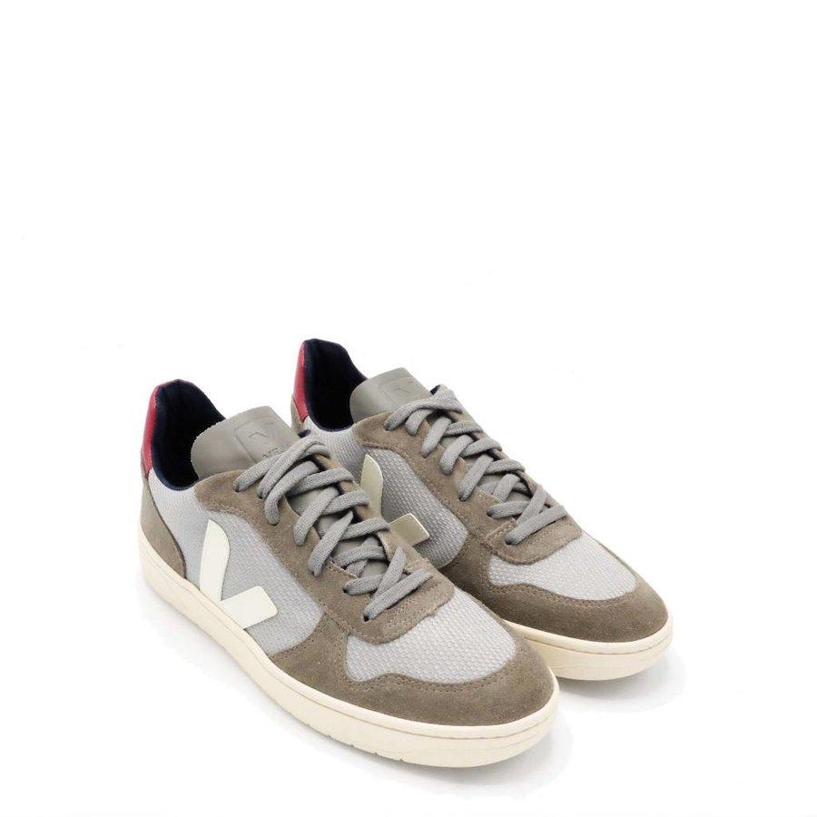 B Mesh Silver Sneaker