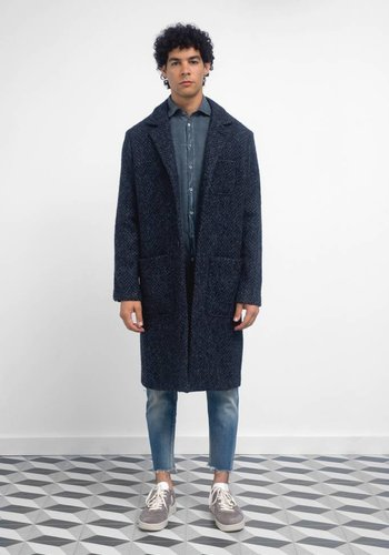 Massimo Alba Textured Long Coat With 3 Buttons