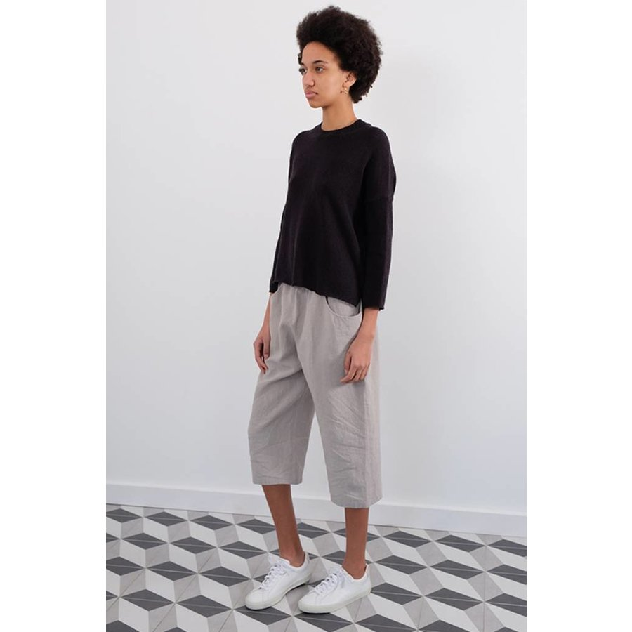 Easy Cropped Pants