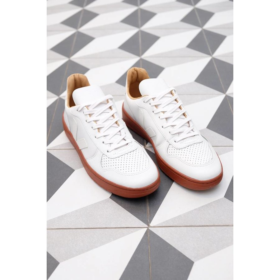 Special V-10 Bastille Leather Sneaker
