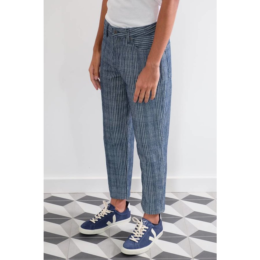 Draft Taper Textured Jeans
