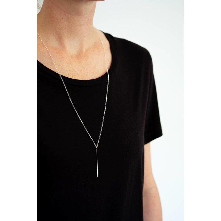 Amora Bar Necklace