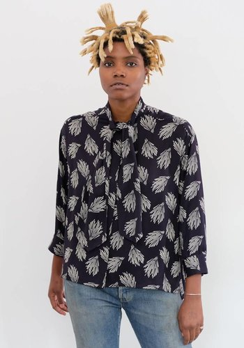 Chimala Aloha Print Bowtie Shirt