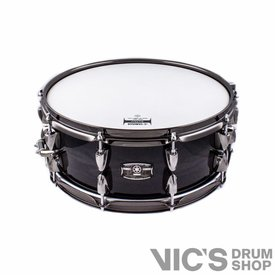 Yamaha Yamaha Live Custom 5.5x14 Snare Drum in Black Shadow Sunburst