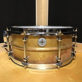 Dunnett Dunnett Classic Model 2N Brass 6.5x14 Snare Drum; Antique Brass Tanked