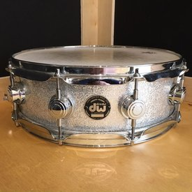 Used Used DW Collector's Maple 4.75x14 Snare Drum in Silver Sparkle