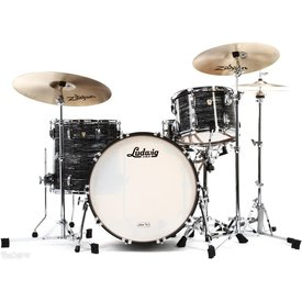 Ludwig Ludwig Classic Maple Fab 3 Piece Shell Pack in Vintage Black Oyster Pearl w/ FREE 6.5x14 Snare Drum