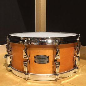 Yamaha Yamaha Absolute Hybrid Maple 6x14 Snare Drum in Vintage Natural Finish