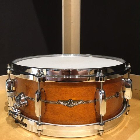 Tama Star Maple 5.5x14 Snare Drum in Satin Amber Gold
