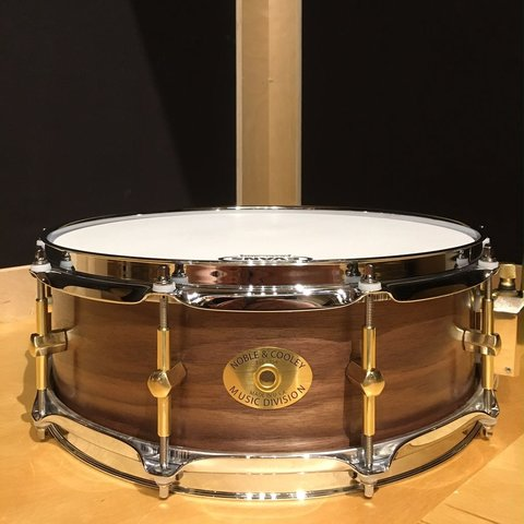 Noble & Cooley SS Classic 5x14 Solid Walnut Snare Drum in Natural Oil Finish