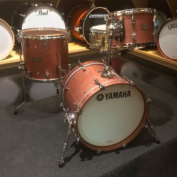Yamaha Yamaha Absolute Hybrid Maple 3 Piece Shell Pack in Pink Champagne Sparkle Finish
