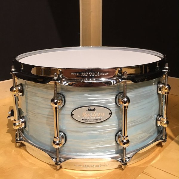 Pearl Pearl Masters MRV Music City Custom 6.5x14 Snare Drum in Ice Blue Oyster Finish