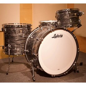 Ludwig Ludwig Classic Maple Pro Beat 3 Piece Shell Pack in Vintage Black Oyster Pearl w/ FREE 6.5x14 Snare Drum