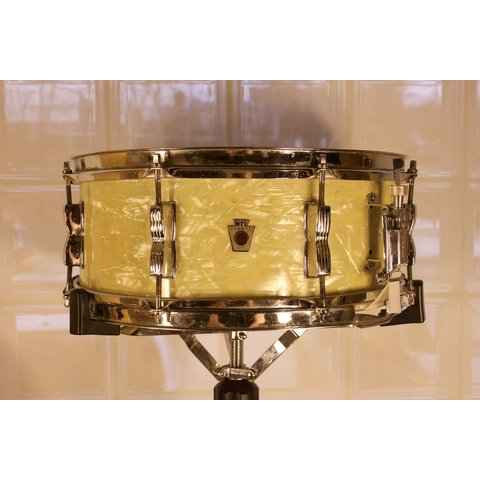 Vintage 1940s  5.5x14 Snare Drum, White Marine Pearl